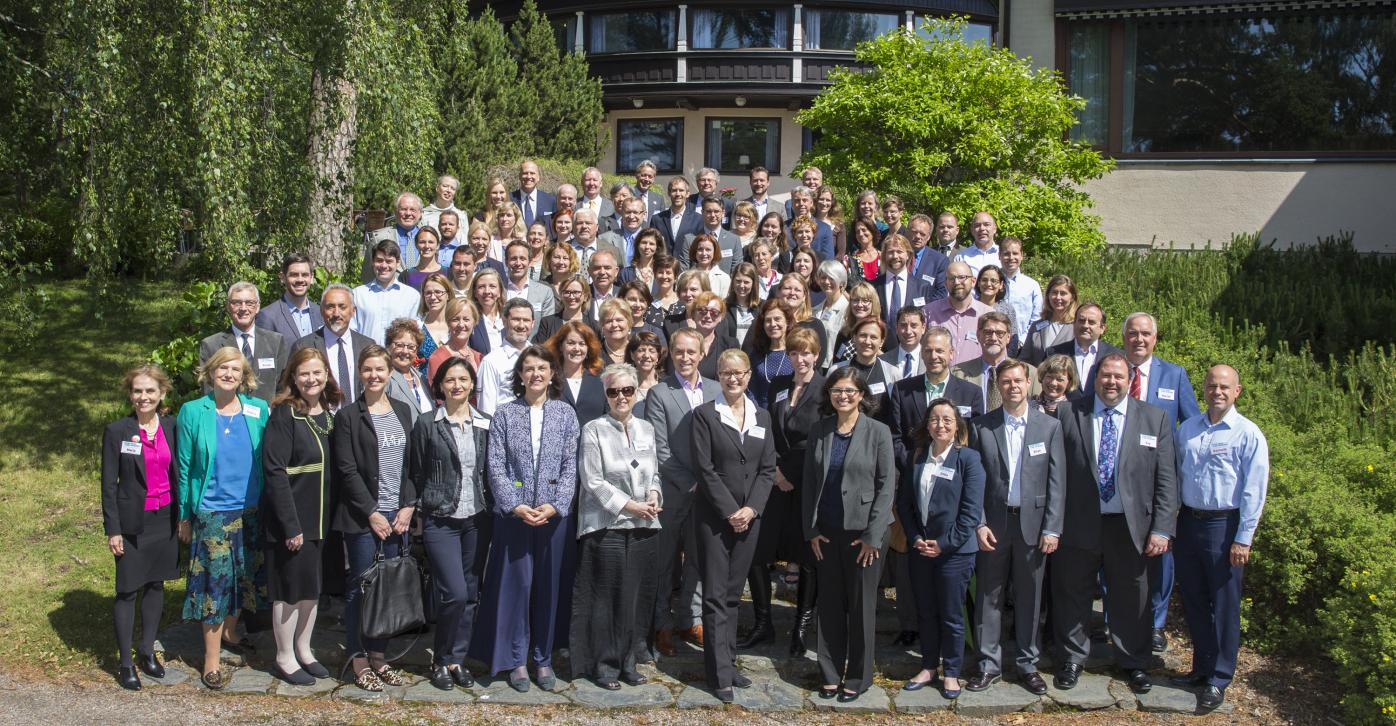 Ninety 2016 European Fulbright Conference participants in a group photo in front of the Hotel Hilton Kalastajatorppa