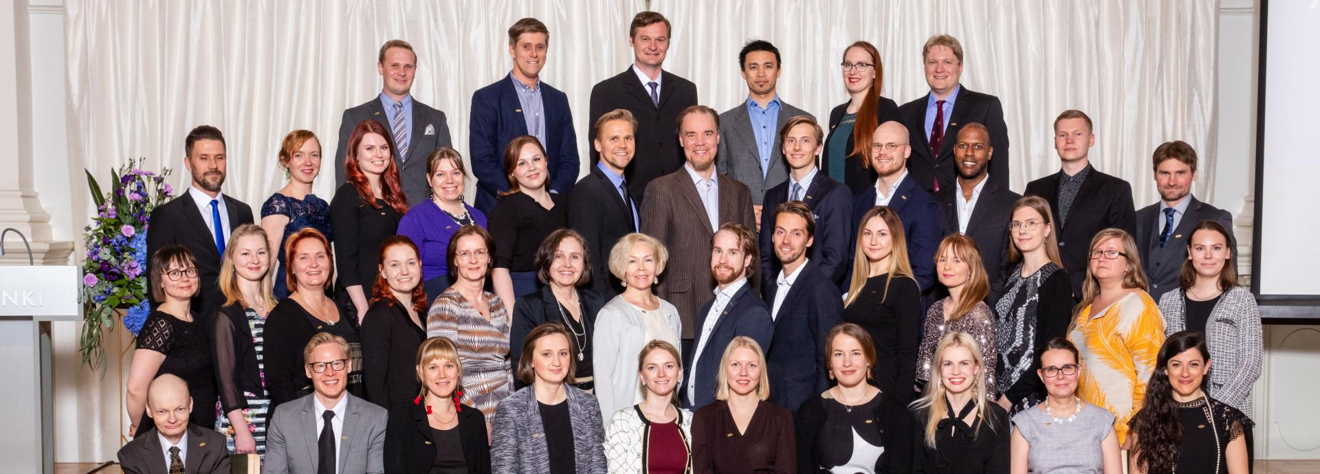 Group photo of the Finnish Fulbright grantees going to the U.S. in 2019-2020